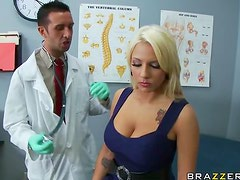 Big Ass Blonde Lylith Lavey Getting Fucked By Her Doctor