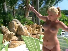 Chubby Blonde Teen Masturbates Outdoor Under The Sun