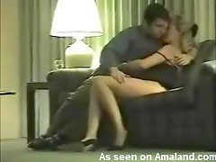 Amateur couple shagging in a hotel room