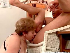 Horny mature lets him use her mouth and pussy hard
