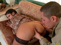 Spicy Anal Brunette Diamond Kitty Gets Fucked and Goes Ass To Mouth
