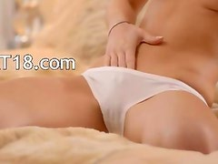 breasty beauty Caprice dildoing snatche