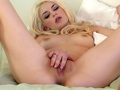 Bree spreads herself for you