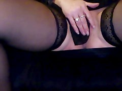 Wife show and play in public hotel