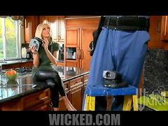 Heart-Stopping Blonde MILF Diana Doll Gets Fucked In The Kitchen
