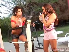 Two American MILFs Show Each Other How They Like It