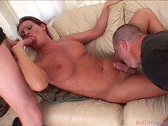 Slutty tranny Wendy Williams gets her ass drilled by two guys