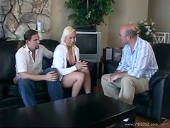 The Hot Blond Nikki Hunter Can Convince Anyone