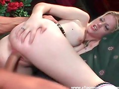 Milky white girl with bald box fucked hardcore