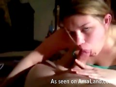 Hot Chick Gives a Blowjob in Bed