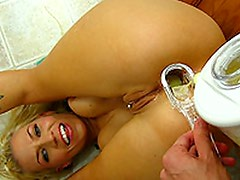 Xana Star drinks arse smoothie