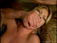 Blonde Anal Teen Leah Luv Loves Sucking Cock Before Getting Fucked