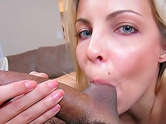 Sparkling blue eyes on horny cocksucker