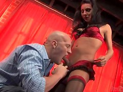 Brunette tranny Ariel Everitts plays with a cock before taking it in her ass