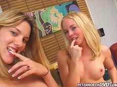Amber Rain and Delilah Stone give great double blowjob