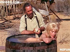 Stunning Retro Blonde Stella Steves Takes a Bath Totally Naked