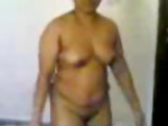 Busty Nude Indian Aunty