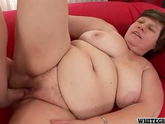 This mature lady seduces Lucky and rides his cock