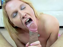 Sucking cock gets her a huge facial