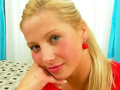 Pure beauty on the cocksucking blonde