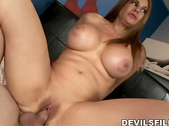 Dude bangs his horny mother in law Sheila Marie