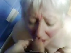 Cumming in mouth of my old aunt !!