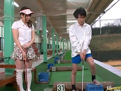 Natsumi Horiguchi rides a cock instead of playing golf
