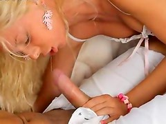 Blonde teenie with pierced clit fucking