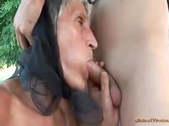 Old lady bent over and screwed in the hot hole