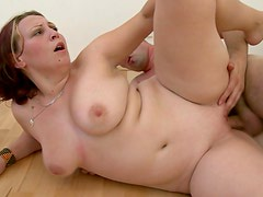 Fat girl fuck and facial video clip