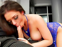 Melina Mason spreads her lips round this hard dick