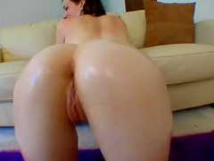 Hardcore Oiled Up Scene With An Insanely Hot Babe