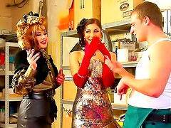 Crazy outfits on babes banging in kitchen