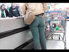 Candid Women in Public Wearing Tight Jeans - Episode 3