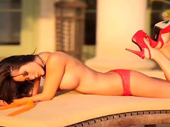 Divine brunette sunshine wants to be your dream girl