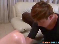 Mature Woman Masturbating In Front Of Young Guy Fingered And Licked On The Couch In The Sitting Roo