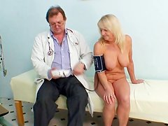 Full naked exam by her doctor