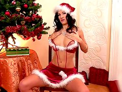 X-Mas with such a great and horny model named Lauren