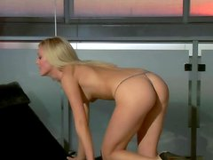 Erin Montgoery strips and demonstrates her nice body