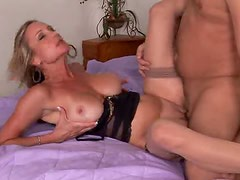 Hot Cougar Gets Mouthful of Cum