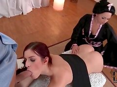 Cock sucked by a pair of total beauties