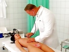 Pretty patient fucked at the clinic
