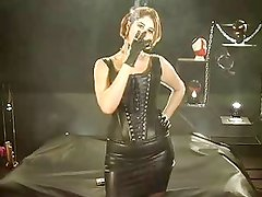Smoking Fetish Synthia smoking in Leather Outfit part2
