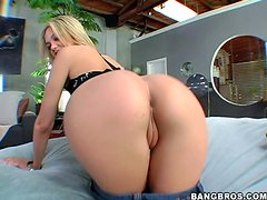 Jenny Hendrix sucks a dick and gets her pussy and ass fucked hard