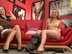 Adorable babe strips her clothes off at the casting