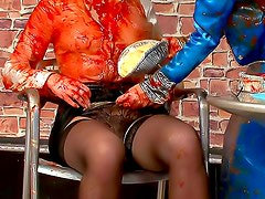 Food fight is wicked messy