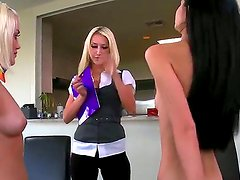 Ash Hollywood,Sammie Rhodes and Zoe Kush are having intense and wild threesome