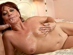 Cocktail party fuck with a naughty mature lady