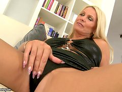 Incredible Hardcore Sex with Stunning Mature Blonde Woman