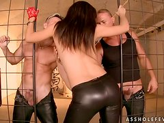 Kinky Eloa Lombard gets double penetrated in her ass